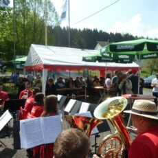 Maifest in Brunken